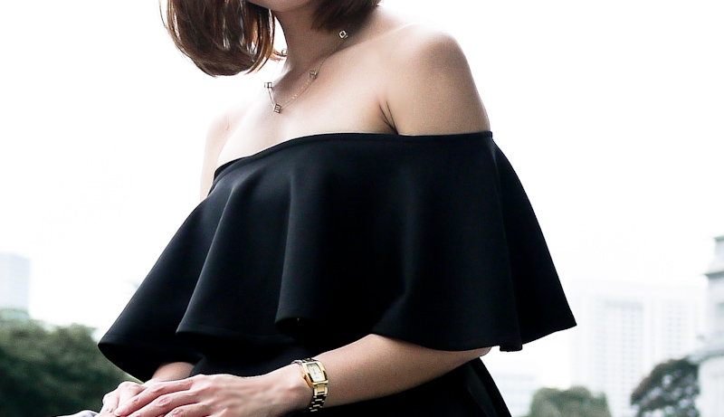 Off shoulder Ruffles Top Tact Singapore Fashion Blogger